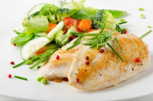 Healthy food - chicken fillet with vegetables